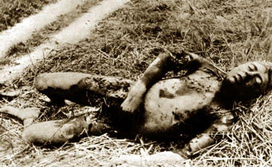 BEELD 8  Hoeveel slachtoffers waren er in totaal door de dodendraad?  Bijna 300 slachtoffers zijn gevallen aan de Limburgse grenzen, ruim 200 doden zijn gevallen in de Provincie Antwerpen en iets minder dan 170 in Oost-Vlaanderen. In West-Vlaanderen zijn er gelukkig maar een 30-tal slachtoffers gevallen. Van bijna 80 slachtoffers weten we jammer genoeg niet tot op de dag van vandaag waar ze gestorven zijn.