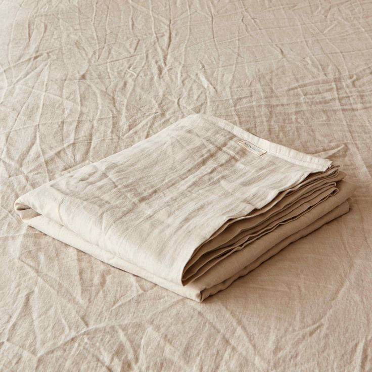Sandstorm Pure Linen Flat Sheet by Montauk Style