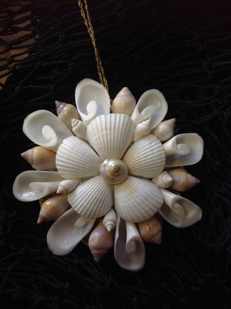 84 best images about shell art on pinterest shell for Christmas tree ornaments made from seashells