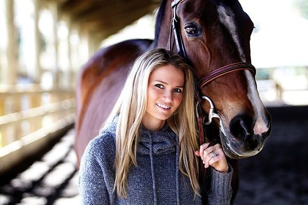 beautiful pose with horse