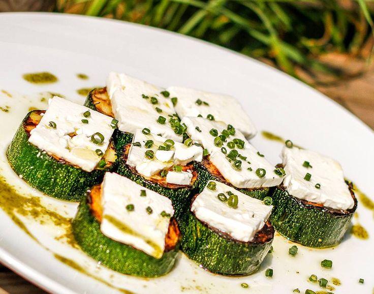 #zucchini #vegetarian #vegetarisch #soulfood #superfood #bbq #grillen #grill #food #foodporn #nomnom #lifestyle #foodbeast #eat #rostkost