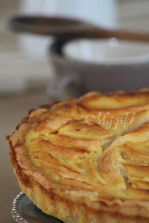 Tarte normande vanillée aux pommes.