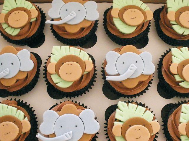 Safari Shower Cupcakes by CupCakeBite/Cup Cake Pantry, via Flickr