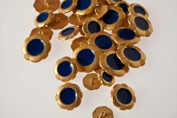 bottoni vintage in metallo dorato e smalto di Lamerceriavintage