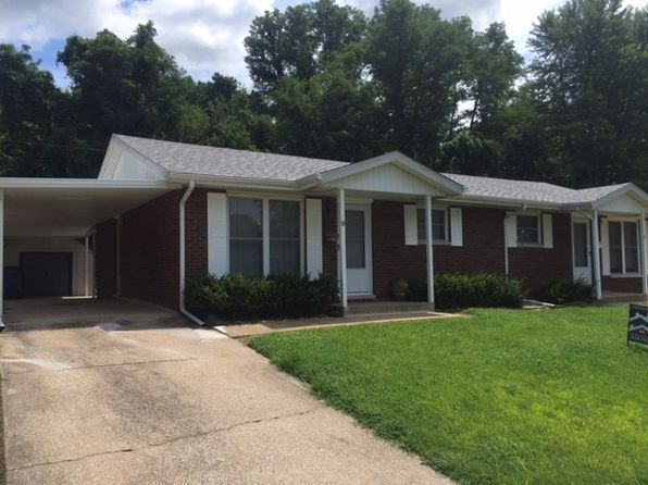 View 6 photos of this $800/mo 2 bed, 1.5 bath rental at 8 Manor Dr. Backround Check and Credit Check will be Processed. City of Collisnville and Police ...