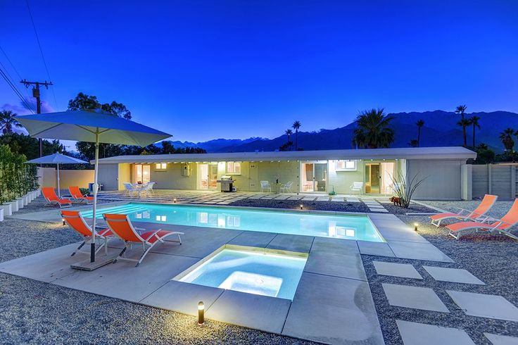 VRBO.com #671358 - Updated Midcentury Modern Home + Beautiful New Saltwater Pool and Spa