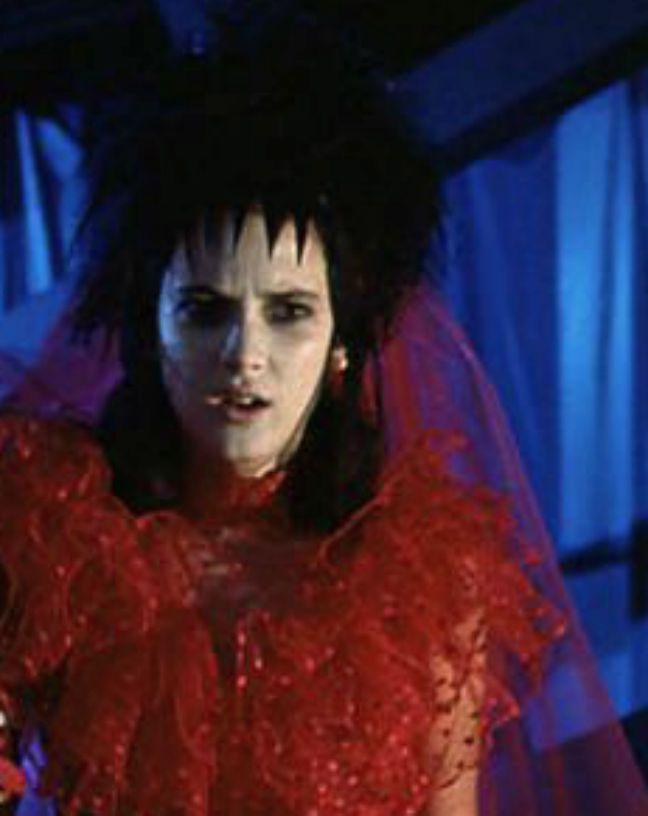 17 best images about beetlejuice lydia deetz on pinterest for Lydia deetz wedding dress