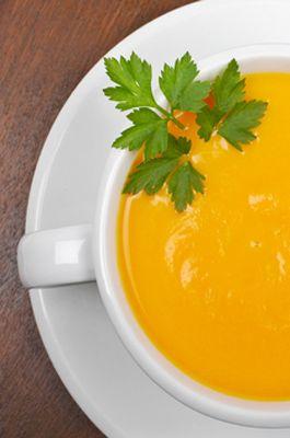Velouté de carotte-coco : Nos recettes de soupes | FemmesPlus