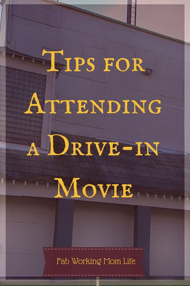 A few weeks ago I had my very first drive-in movie experience. We went to see Jurassic World at the Showboat Drive-In with another family. I was super excited about this because Hubby and I can't go to a movie together without having to pay for babysit...