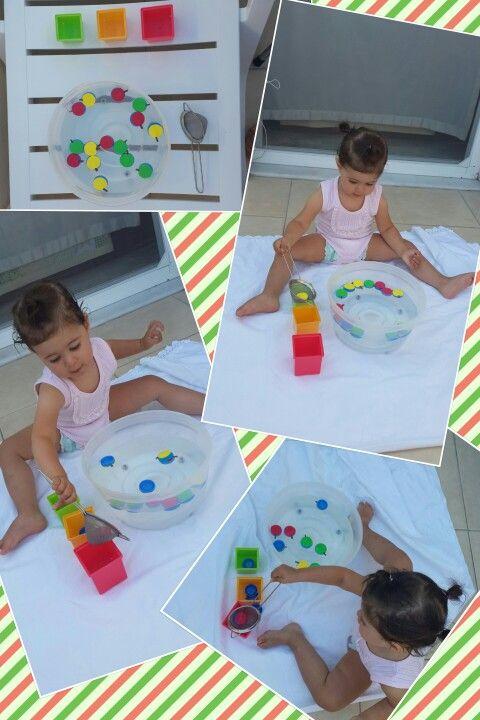 Water play under Two years,  1 2 yaş için su oyunları