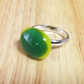 """Handcut fused glass ring  Glass size: 15mmX13mm  Ring type: adjustable ring Ring color: silver Designed by """"bittnada"""""""