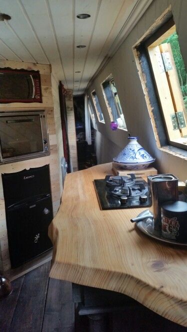 Hob fitted Narrowboat Recalcitrant August 2015