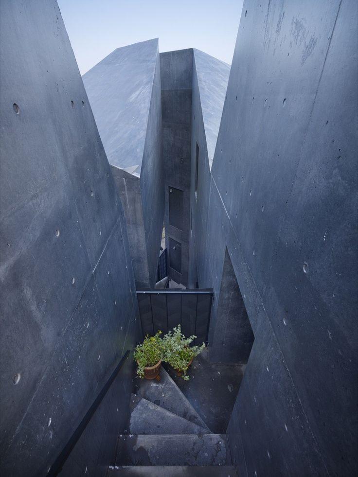 Image 6 of 18 from gallery of Alp / Akihisa Hirata. Photograph by Toshiyuki Yano
