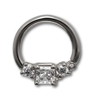 14k 16 gauge 5/16 horizontal princess clicker cubic zirconia by #VenusByMariaTash #Bodyjewelry | Available in White, Yellow and Rose Gold at www.venusbymariatash.com  @VenusbyMariaTash