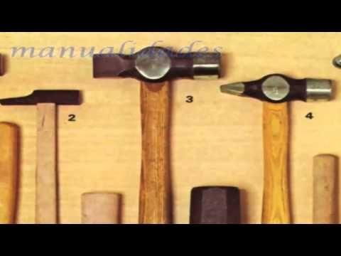Herramientas de golpe, martillos, mazas, macetas.- Manualidades