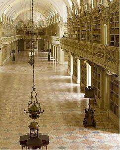Biblioteca do Palácio Nacional de Mafra guarda alguns dos livros mais raros do mundo (ver Link - vídeo RTP)
