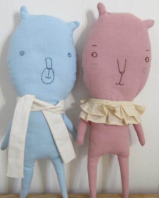 .: Softies Dolls, Softie Dolls, Electronics Toys, Bears, Crochet Pillow Pattern, Softies Toys, Dolls Peluche, Cutest Ears, Crochet Pillows Patterns
