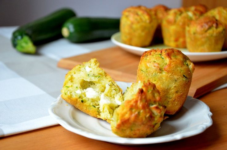 КЕКСЫ С ЦУКИНИ И СЫРОМ ФЕТА  http://cookingfood.com.ua/vypechka/keks-s-tsukini.html