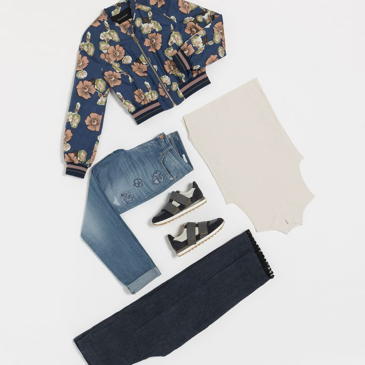 | Fashion Still Life | SS 17 | Fashion shop Mariona | Style, trends, brands, fashion woman, spring-summer | Tara Jarmon Jacket, Cambio jeans, sneakers, trousers, knit top |