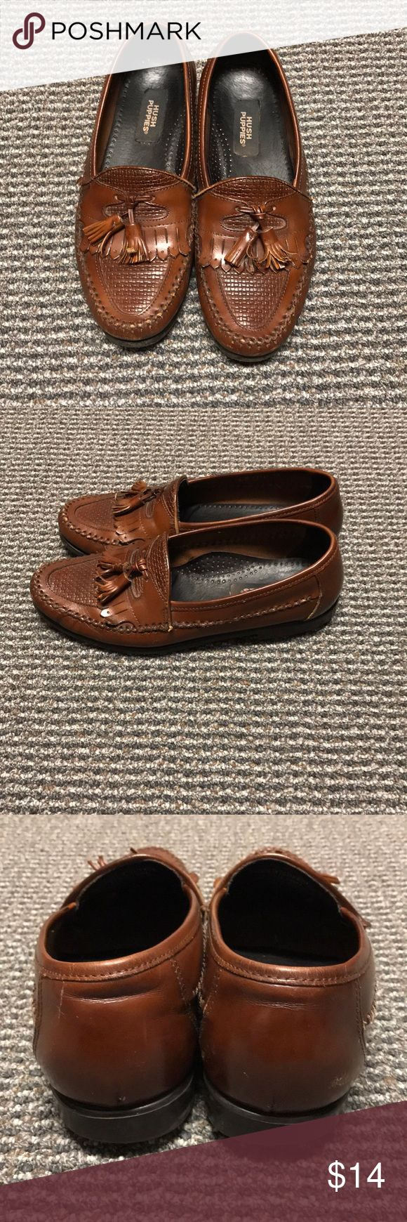 Hush Puppies Men's Loafers with tassels -good condition  -signs of wear and marking (shown in pictures) -size 8.5 Hush Puppies Shoes Loafers & Slip-Ons