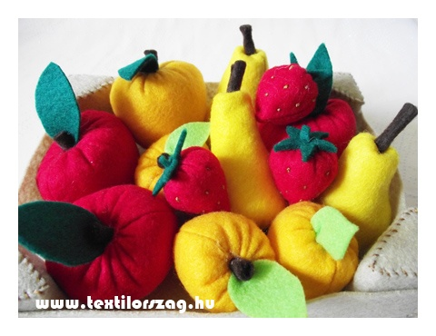 Filc gyümölcsök