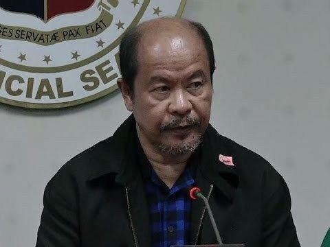 Lascañas, idinetalye ang umano'y mga operasyon ng Davao Death Squad - WATCH VIDEO HERE -> http://dutertenewstoday.com/lascanas-idinetalye-ang-umanoy-mga-operasyon-ng-davao-death-squad/   Sa kanyang pagharap sa Senate hearing isiniwalat ni retired SPO3 Arturo Lascañas ang mga isingawang operasyon umano ng Davao Death Squad noong mayor pa si Pangulong Duterte ng Davao City For more videos: For News Update, visit:  Check out our official social media accounts: Instagram accou