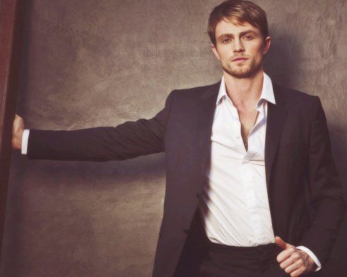 bethel gay personals On monday morning (april 9, 2018) the sun-times reported the 34-year-old actor wilson bethel and his girlfriend, to be shopping for engagement rings naturally, the article sent the facebook and twitter into a frenzy.