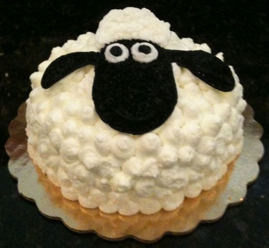 Shawn The Sheep Cake