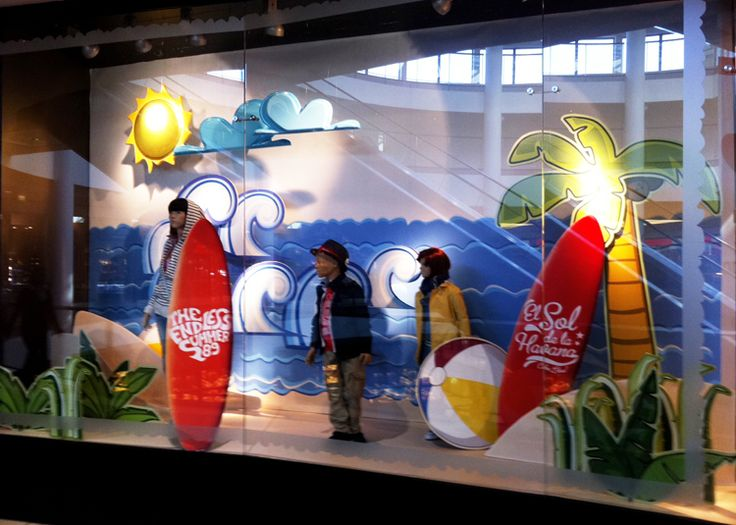 summer window display for Reserved Kids / 2011
