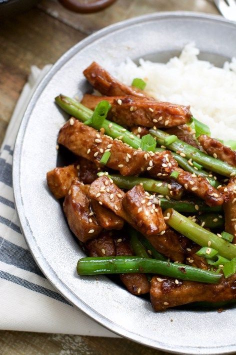 Sesame Pork and Green Beans ~ Simple and delicious! A healthy, hearty meal ready in under 30 minutes!