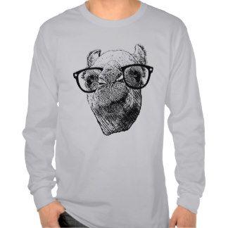 ¡Quién necesita saber! Día de chepa del camello de Camiseta