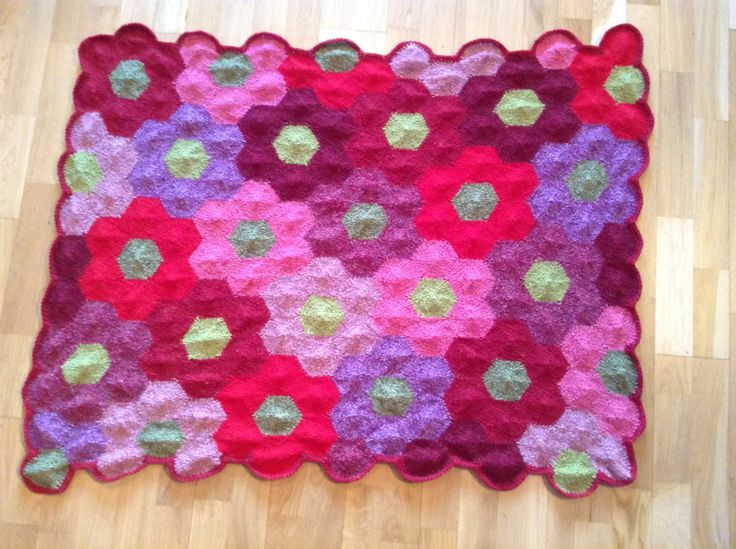 knitted blanket, warm handmade, from Icelandic wool and Einband - pinned by pin4etsy.com