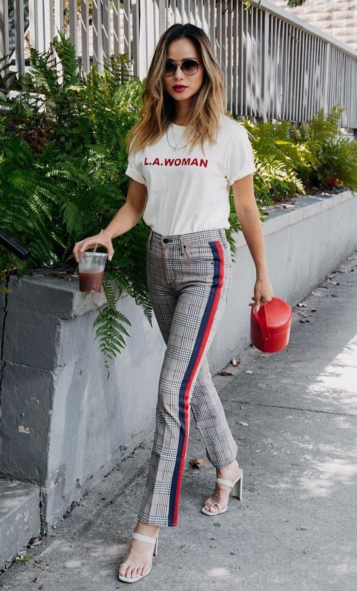 High Rise Pin Stripe Pants With Large Red And Blue Side Stripes And A Graphic White Tee And Heels Visit Daily Dress Me At D Daily Dress Me Work Attire Fashion [ 1220 x 736 Pixel ]
