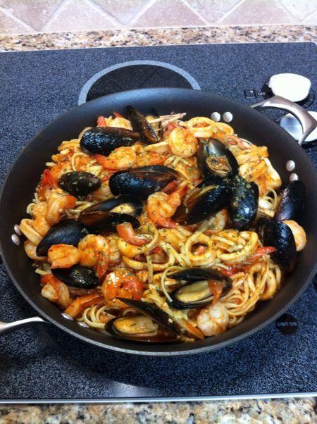 Linguine Ai Frutti Di Mare (Linguine With Fruit of the Sea)