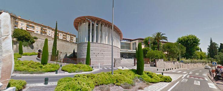 Commentaire d'un jugement du TPE de Grasse du 8 juin 2016 - http://www.avocat-antebi.fr/commentaire-jugement-tpe-de-grasse-8-juin-2016/ Maître Ronit ANTEBI - Avocat Grasse, Cannes, Nice, Antibes