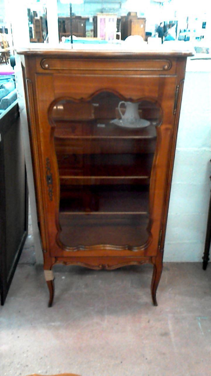 les 25 meilleures id es de la cat gorie merisier sur pinterest armoires en merisier. Black Bedroom Furniture Sets. Home Design Ideas