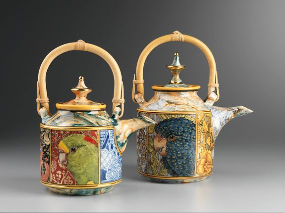 Stephen Bowers, Two Teapots