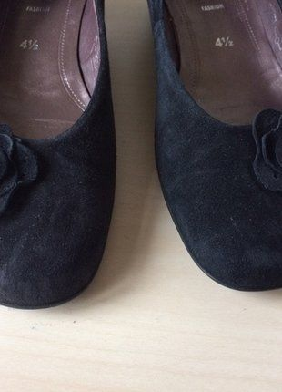 Kaufe meinen Artikel bei #Kleiderkreisel http://www.kleiderkreisel.de/damenschuhe/sandalen/146482991-gabor-4-12-schwarz-absatz-petit-blume