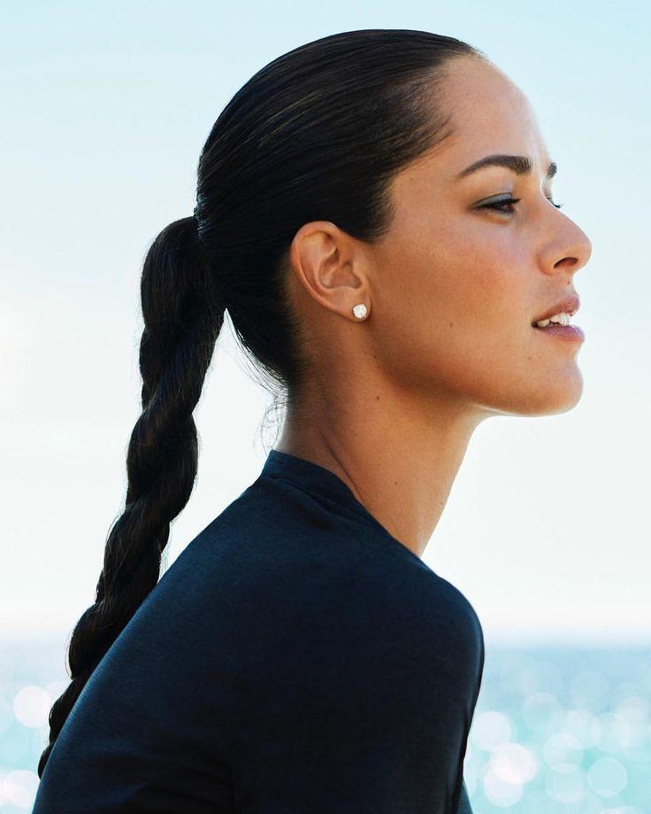 35.1K vind-ik-leuks, 132 reacties - Ana Ivanovic (@anaivanovic) op Instagram: 'Loving the ☀️ thanks to @shiseido and #WETFORCE #sunscreen #anaforshiseido'