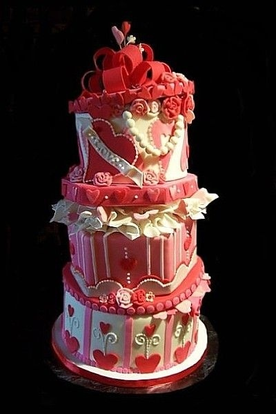 valentine gift box wedding cake