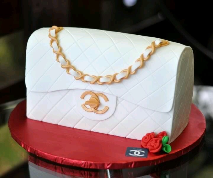 Coco channel cake