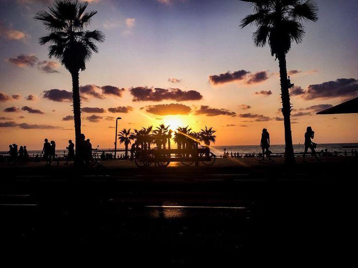 Sunset.  #tlv #telaviv #tlvculture #tlvcity #tlvdaily #sunset #telavivian #telavivcity #telavivstyle #israel #israeli #israel_pics #israel_best #tlv_daily #street #dusk #urban #coexist #urbanphotography #middleeastern #middleeast #urbanism #beach #sky #streetphotography #urbanlife #urbanart #streetstyle #streetview #urbanocity