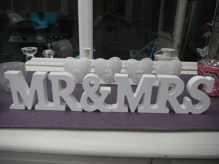 BN Mr & Mrs cream letters wedding decoration top table