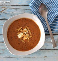Sopa de frijol negro con jitomate. Receta