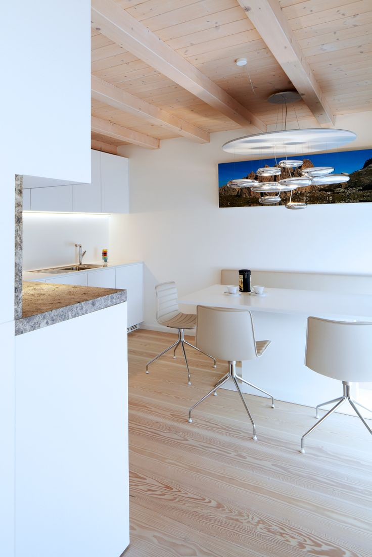 Minimal #diningroom #design #white #esszimmer #wood