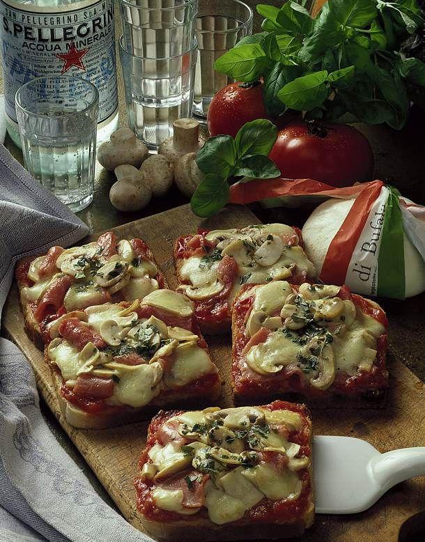 Unser beliebtes Rezept für Pizza-Toast mit Schinken und mehr als 55.000 weitere kostenlose Rezepte auf LECKER.de.