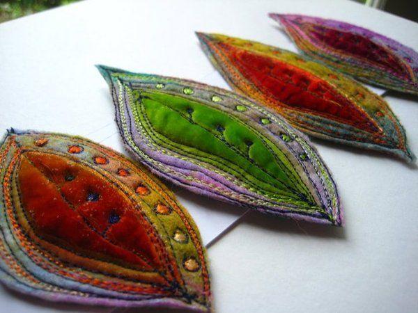 Feuilles baroques en velours de soie et feutre teint et rebrodé  Rêveries feutrées en appliqué de velours de soie brodé créations de Jackie Cardy