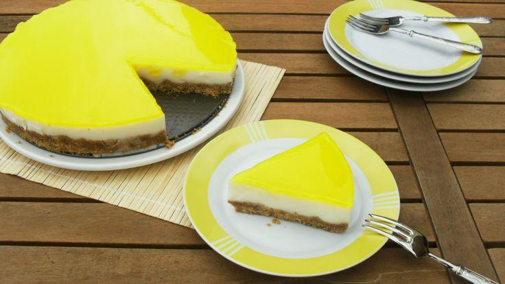 torta al limone allo yogurt (simile alla cheesecake)