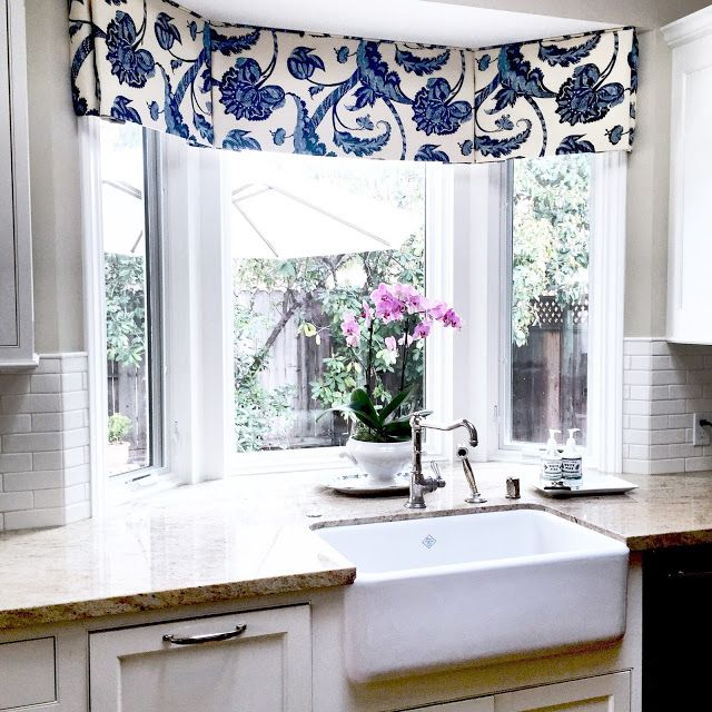 Bay Window Treatment   Valance. Design By? Please Let Me Know If This Is