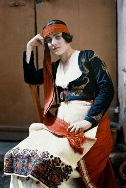 Wonderful Colour Portraits of Greeks in the 1920's